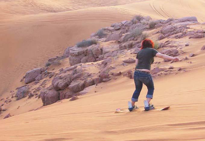 hiekkalautailua