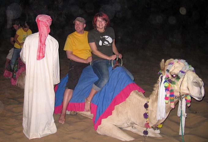 kameliratsastusta
