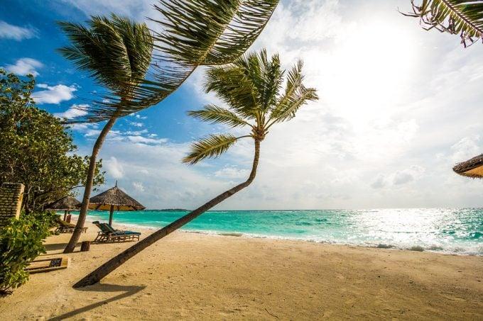 Turkoosi meri, palmupuut, riippukeinu ja pelkkää chillailua Malediiveilla