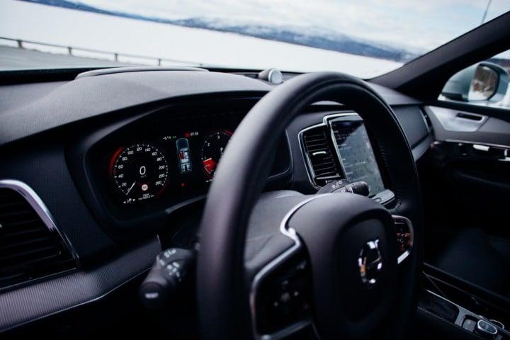 Volvo xc90-5