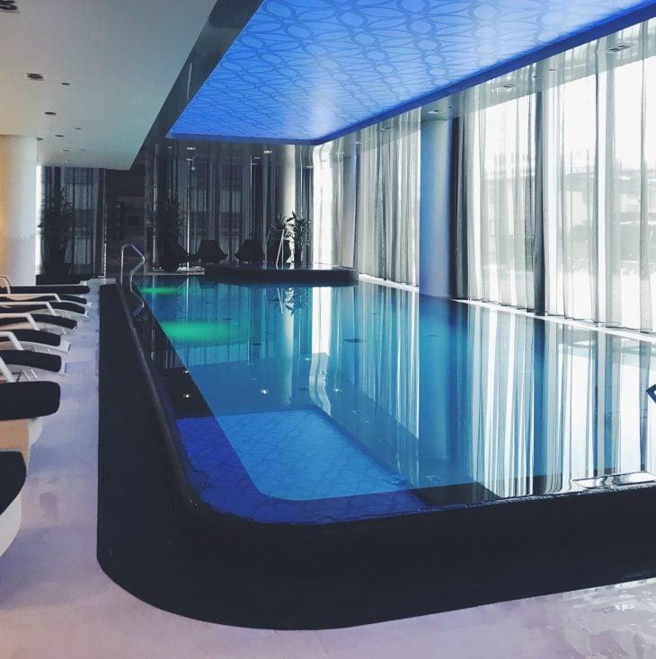 tallinna hotelli   spa-osaston uima-allas.