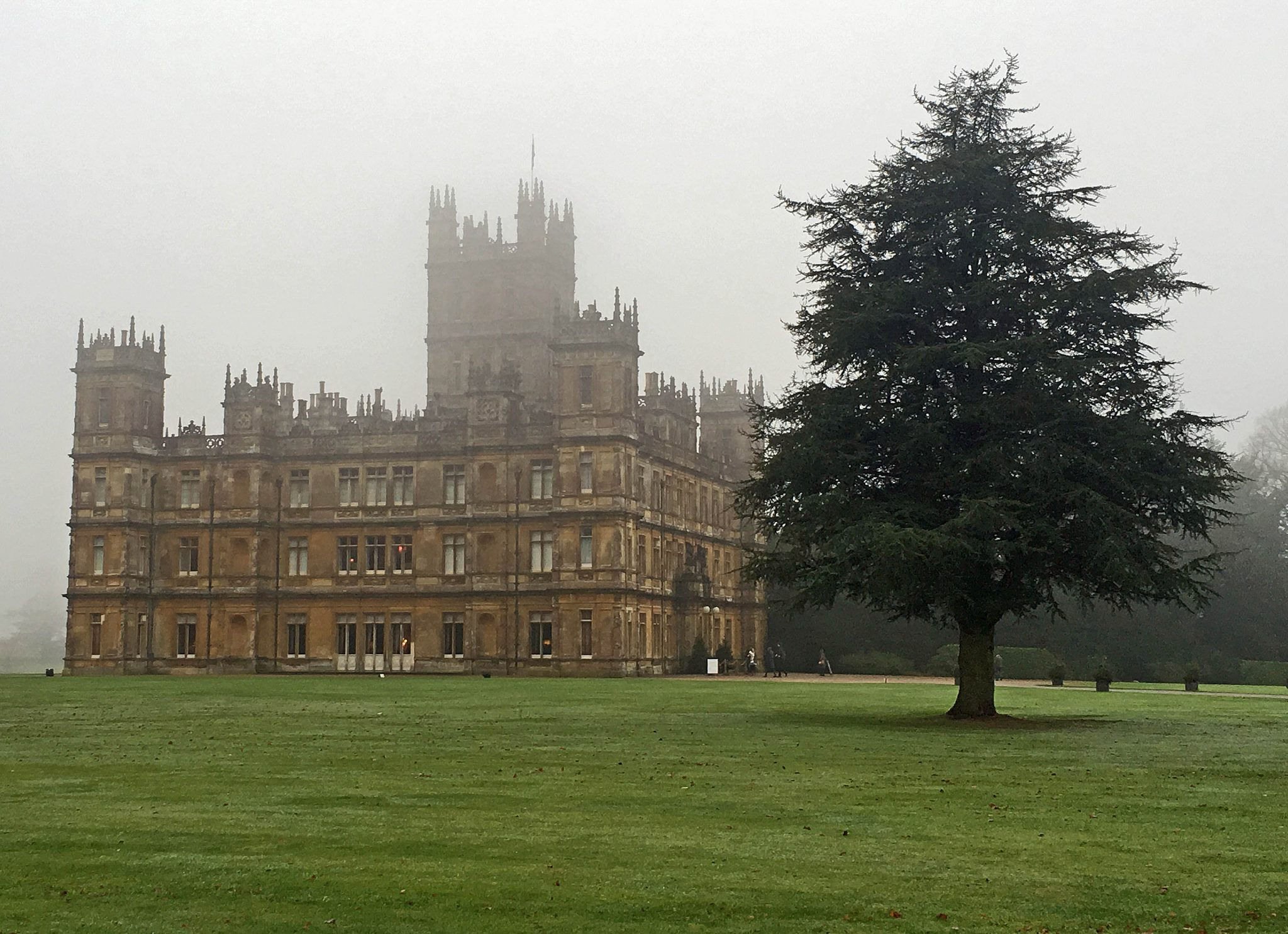 Downton Abbeyn Highclere Castle