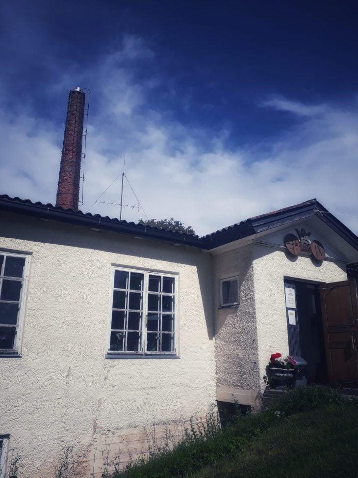 Rakennus ja piippu