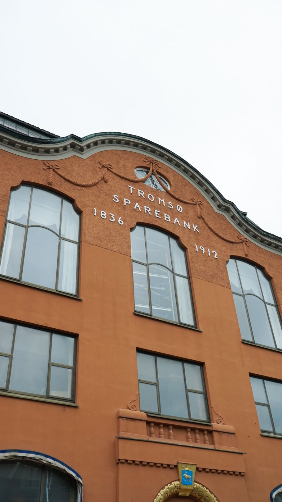 Vanha pankkirakennus Tromssassa