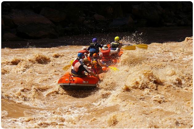 Kumilauttailua Grand Canyonilla