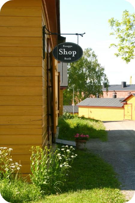 Shoppailua Suomenlinnassa
