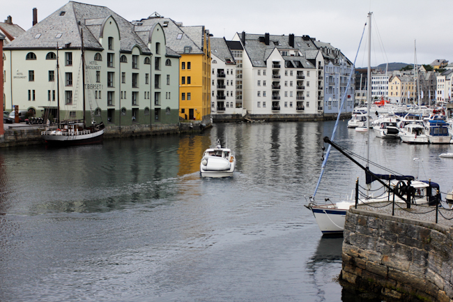 Ålesund in western Norway by @SatuVW I Destination Unknown