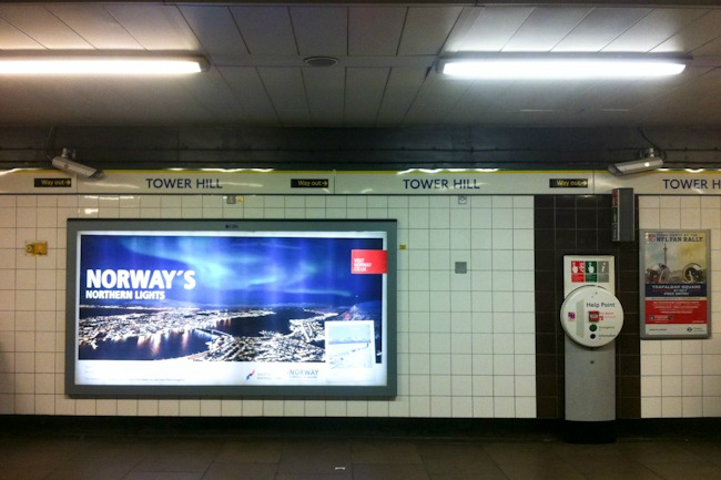 Norjan revontulet Lontoossa I @SatuVW I Destination Unknown