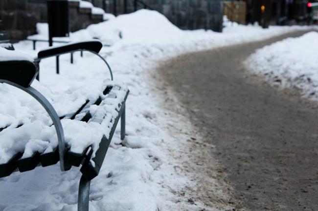 Tukholman-lumisia-katuja