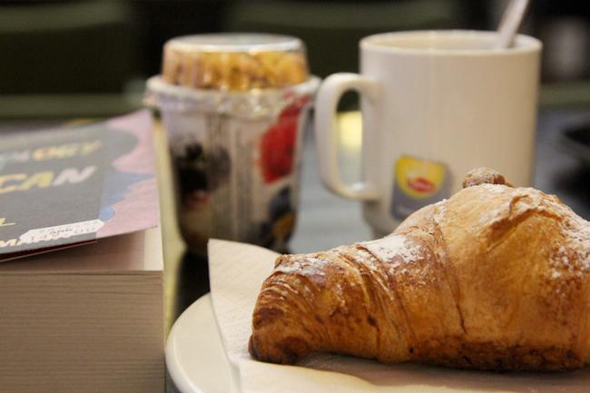 Lentokenttä-aamiainen