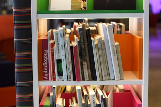 Schiphol lentokentta kirjasto I @SatuVW I Destination Unknown