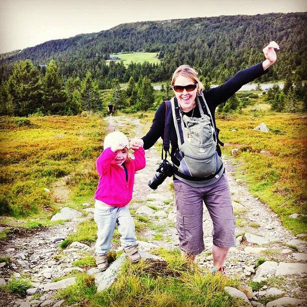 Ulkoilua perheen kanssa Norjassa via Instagram I @SatuVW I Destination Unknown