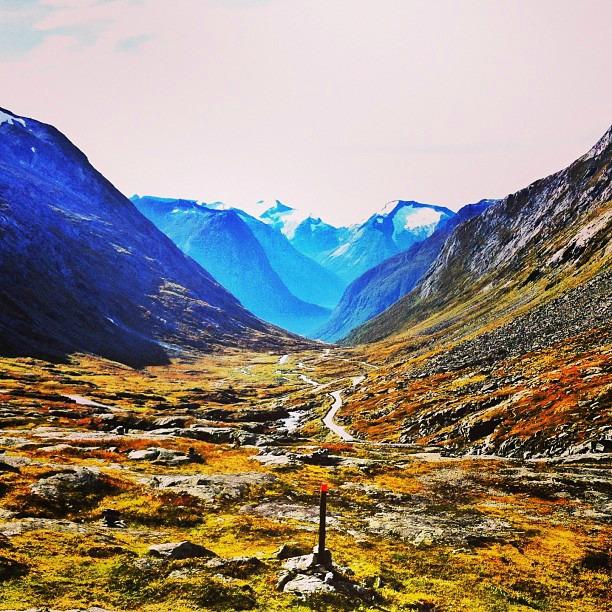 Gamle Strynefjellsvegen via Instagram I @SatuVW I Destination Unknown