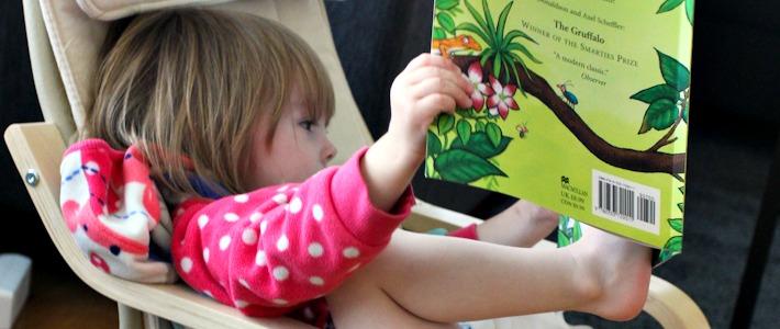 Thumbnail image for Kolmen kielen kimppa: Minin matkasanasto ja miten lapsi oppii kolme kieltä?