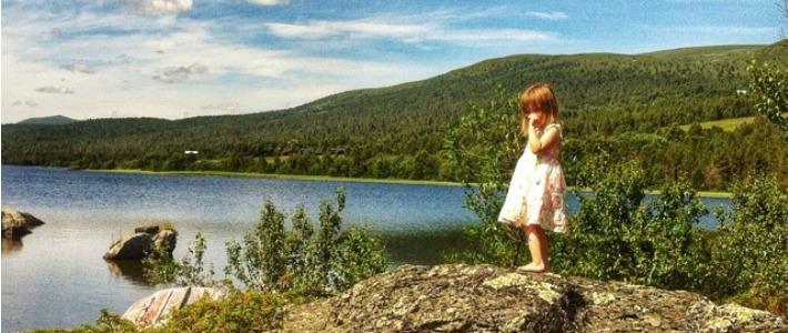 Thumbnail image for Ikävä – Äiti reissaa