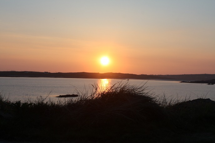 Auringonlasku Clifdenissä, Irlannissa I @SatuVW I Destination Unknown