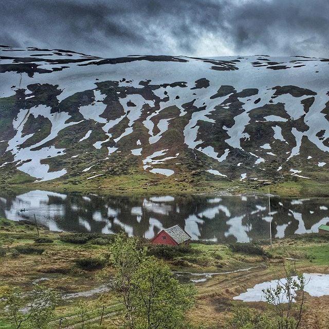 Norway in a Nutshell I @SatuVW via Instagram I Destination Unknown