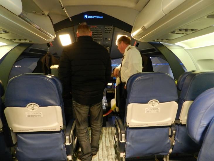 Simulaattorissa on tilaa myös matkustajille. Photo copyright Elämää ja Matkoja