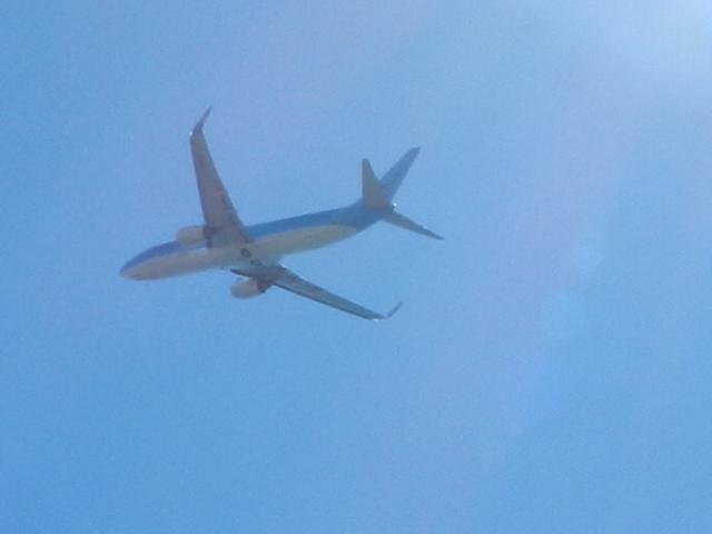 TUIn lento nousussa Doryssa Baym yllä. Photo copyright Elämää ja Matkoja