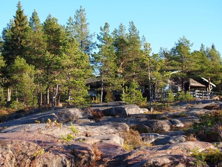 Kesäkaudella voi herkutella Fäboda Café & Kitchenissä. Photo © Elämää ja Matkoja