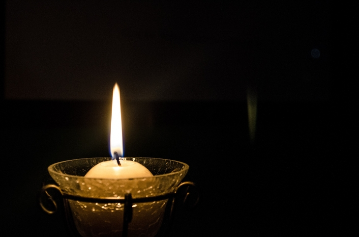 candle-896784_1920