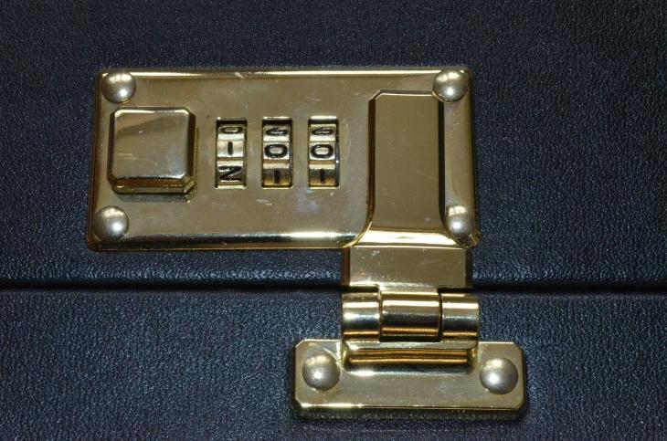 combination-lock-254923_1920