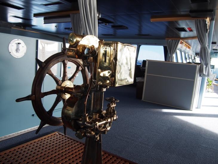 Laivojen entisajoista muistona kaunis ruori. Photo © Elämää ja Matkoja