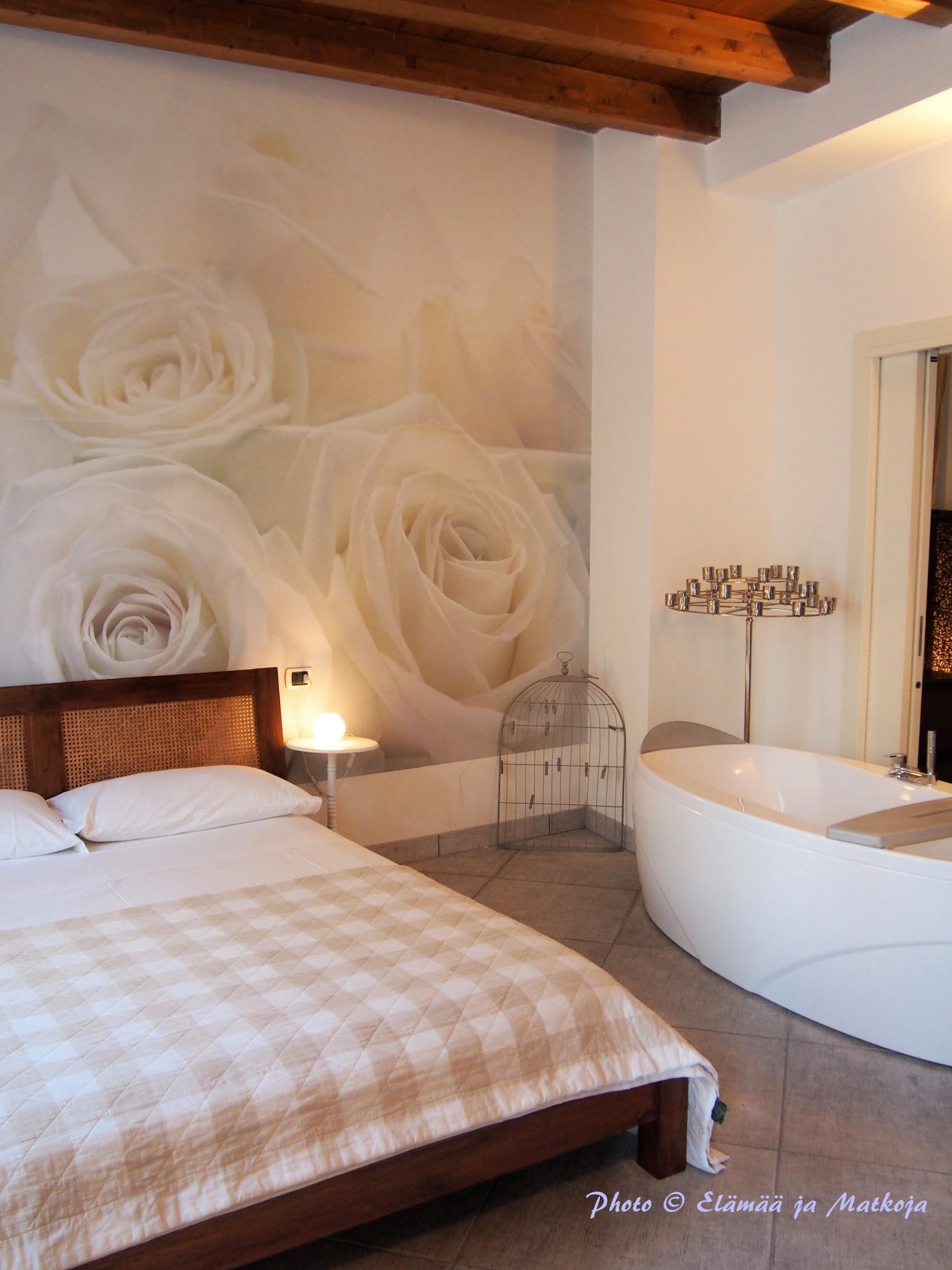 Villa Maggie Bianco e Nero bedroom Elämää ja Matkoja matkablogi travel blog