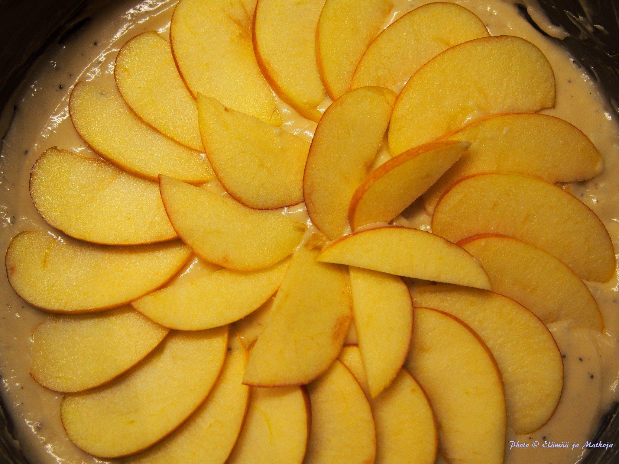 Mamman maistuva omenapiirakka 2 Elämää ja matkoja matkablogi