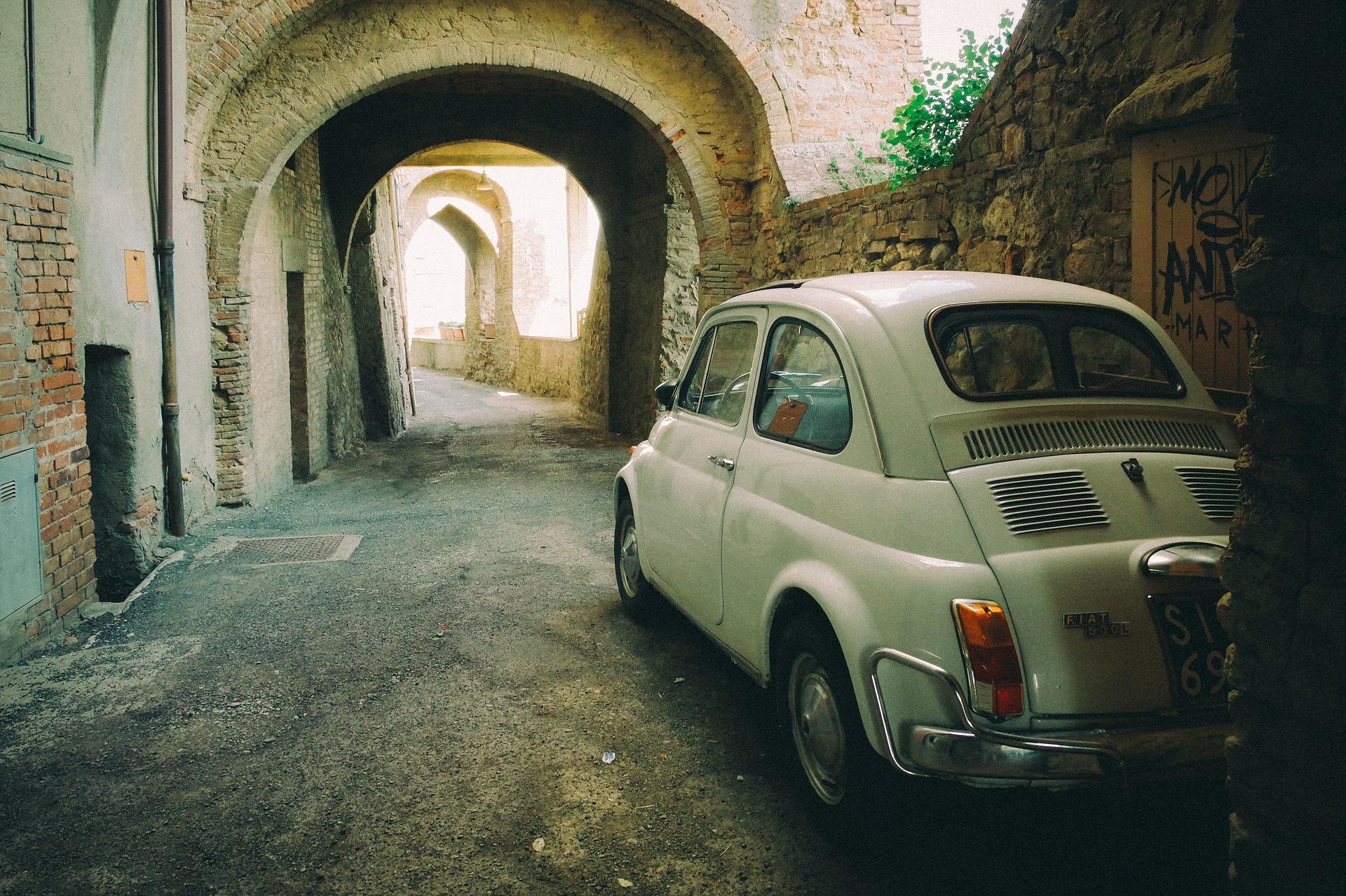 Auton vuokraus italiassa