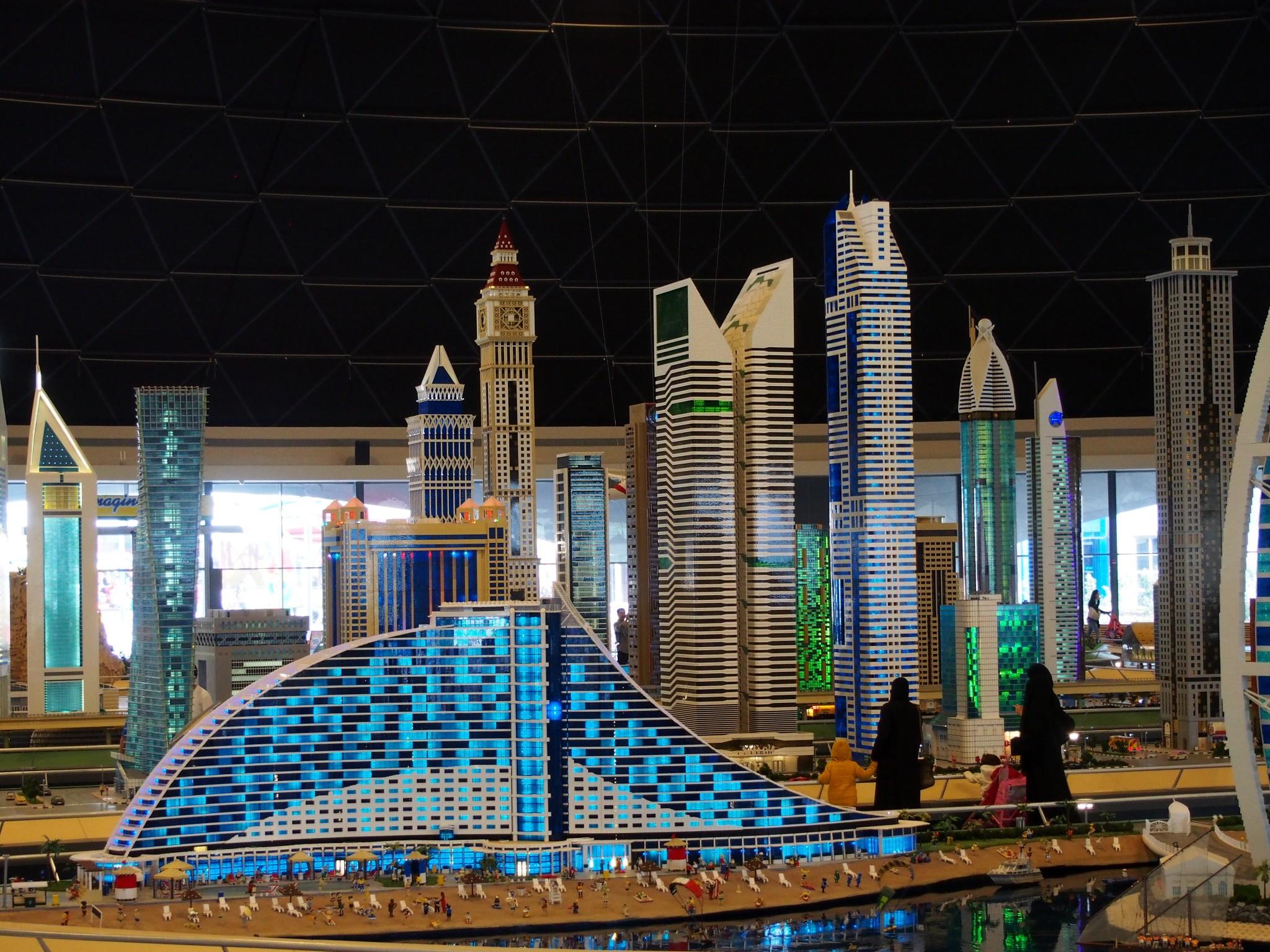 Hiljattain avatusta Legoland Dubaista löytyy mm. Dubai minikoossa. Photo © Elämää ja Matkoja