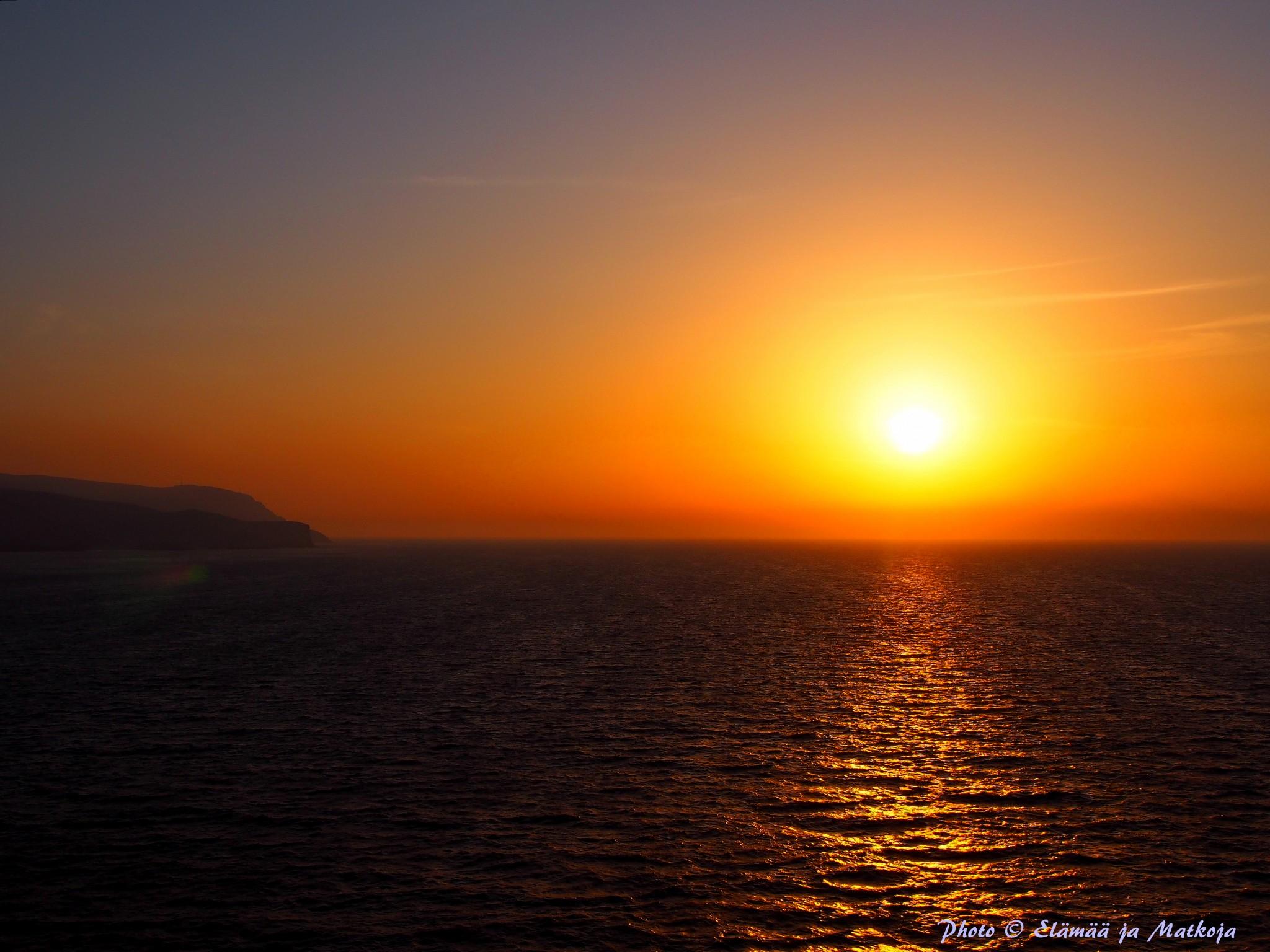Auringonlasku Oman Photo © Elämää ja Matkoja