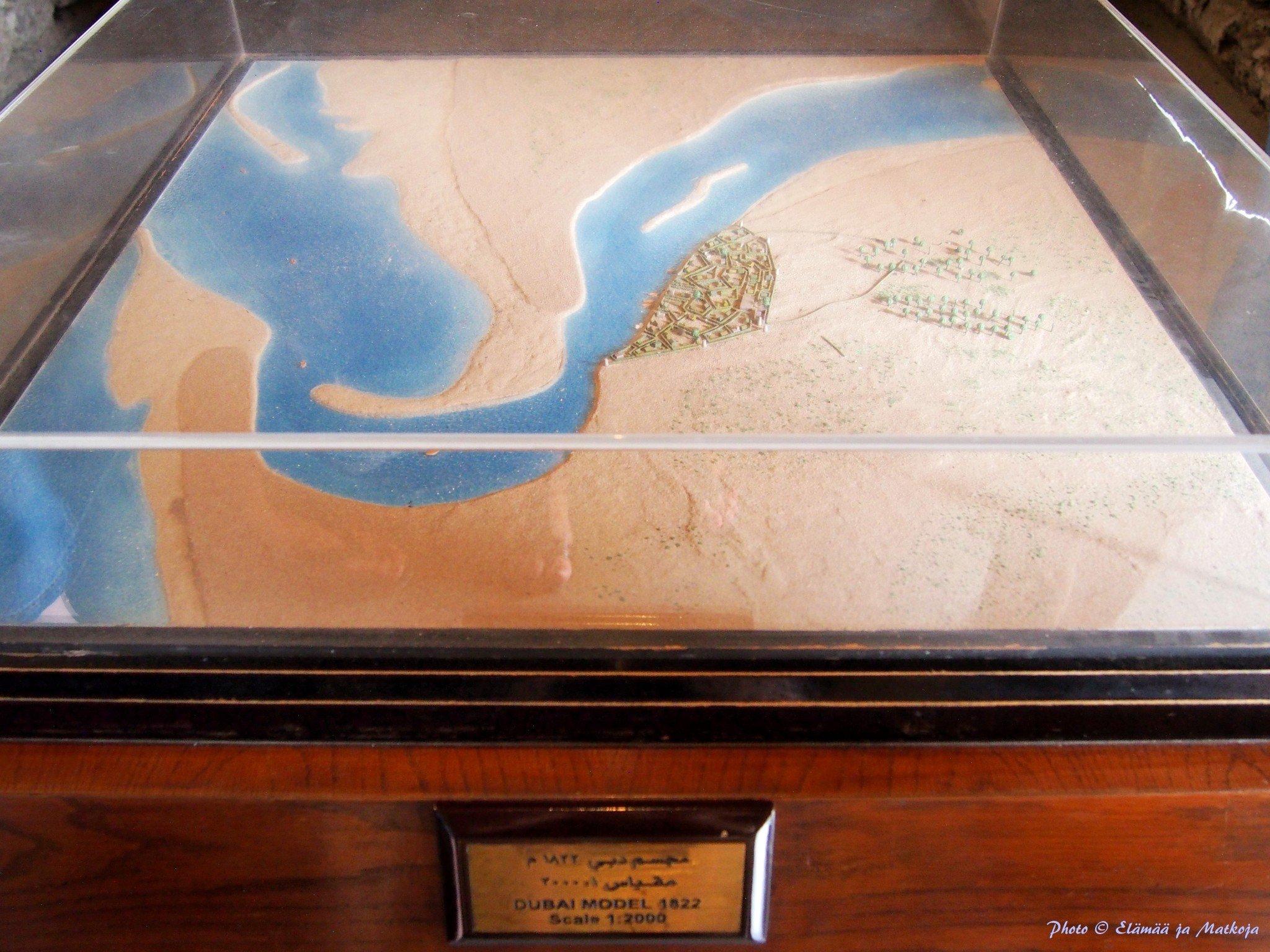 Dubain lahti ja nykyisen Bur Dubain Bastakiyan alue vuonna 1822.Photo © Elämää ja Matkoja
