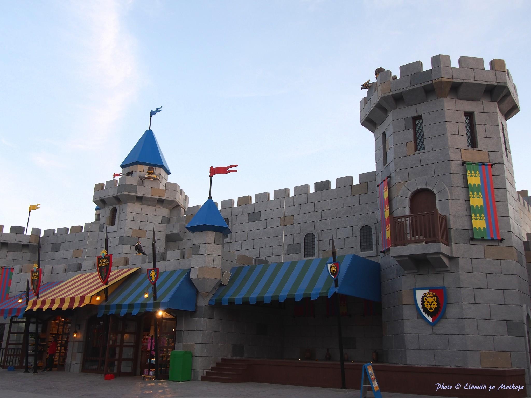 Legoland Dubai Kingdoms Photo © Elämää ja Matkoja