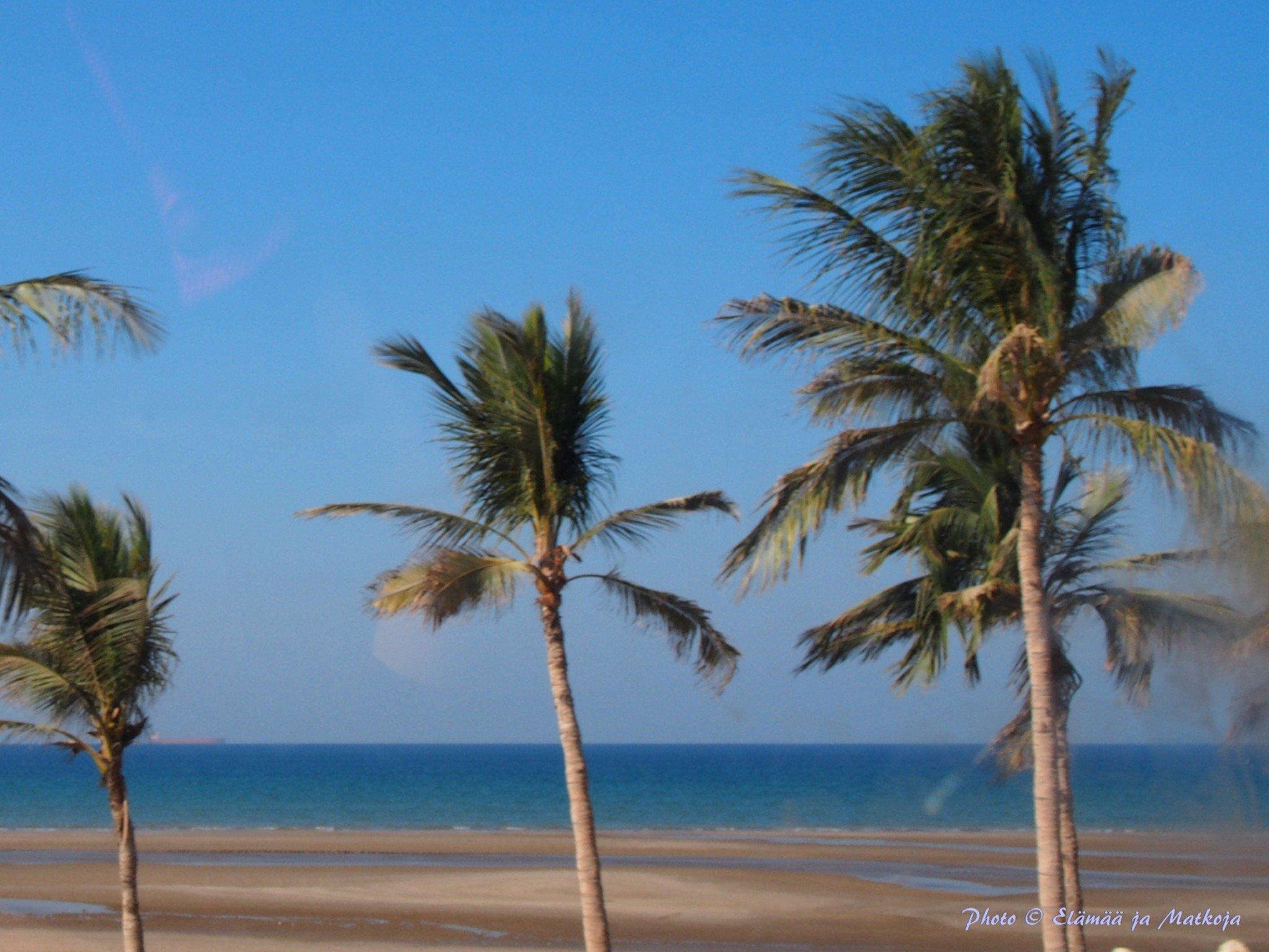 Oman Masqat ranta Photo © Elämää ja Matkoja