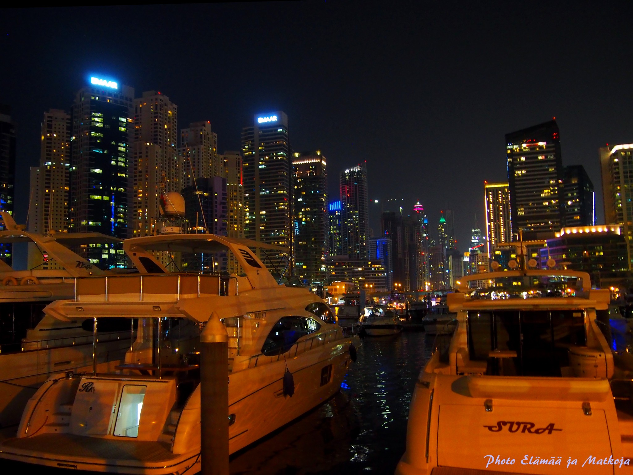 Dubai Marina boats Photo Elämää ja Matkoja