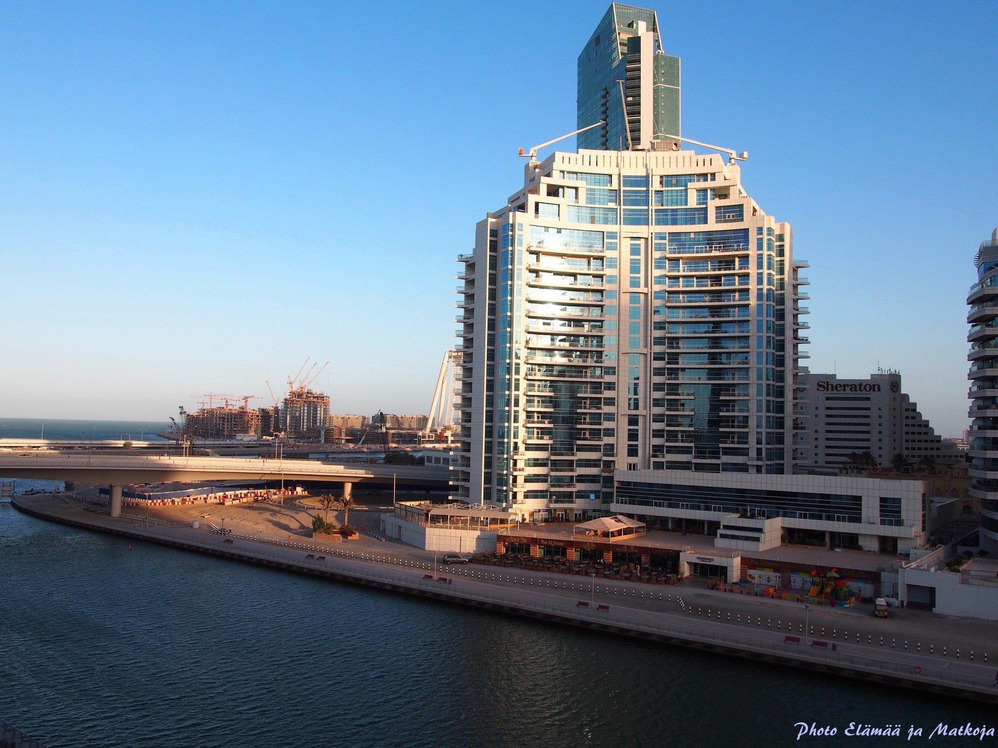 Pearl Marina Dubai view to the sea Photo Elämää ja Matkoja