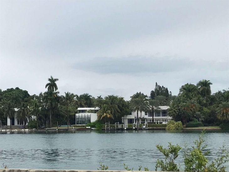 Elämää Miamissa, Miami Beach, Florida