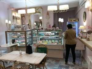 French Riviera, Macaron shop in Nice old town, Ranskan Riviera Nizza vanha kaupunki, macaron-puoti