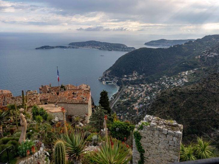 Ranskan Riviera nähtävää, Eze vuoristokylän näköalat