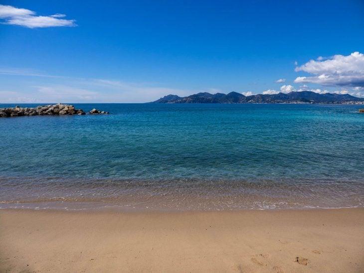 Ranskan Riviera nähtävää, Saint-Honorat rantaa