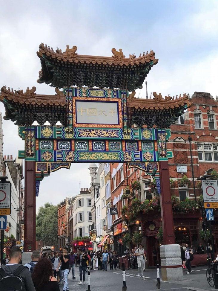 Lontoo nahtavyyksia ja ravintolakokemuksia - China tows