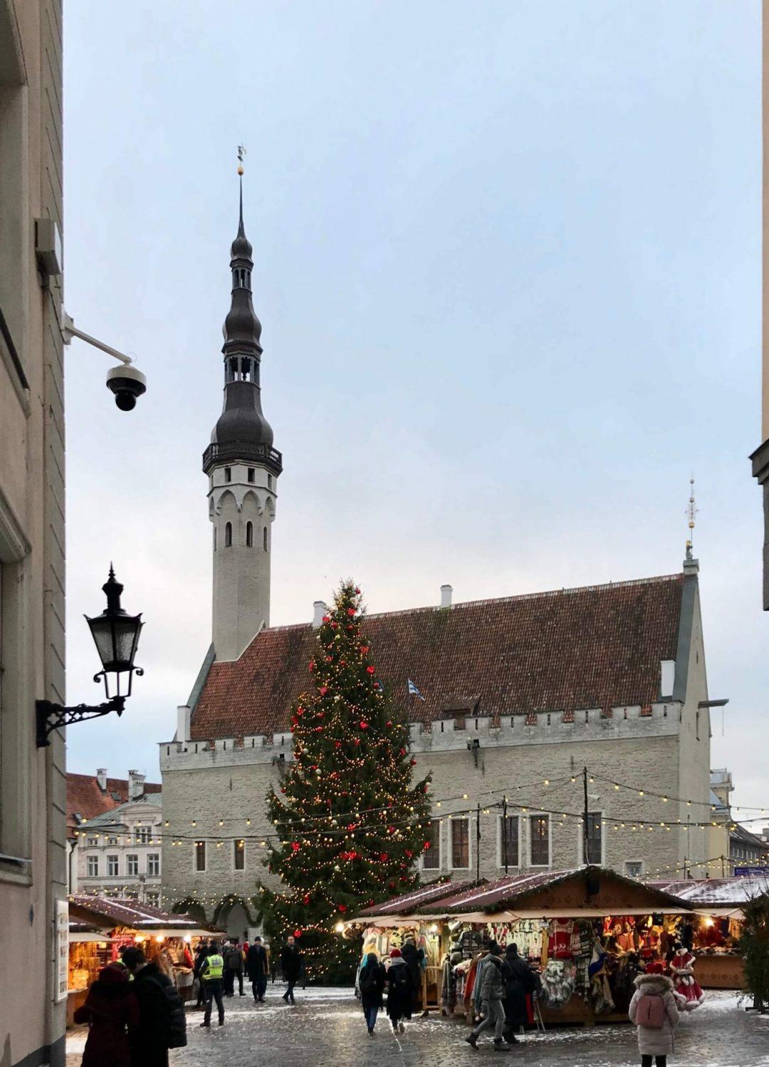 Tallinna joulutori, tekemistä teinien kanssa