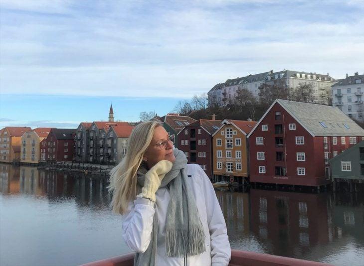 Trondheim, Norja, päiväretkellä Åresta Ruotsista, jokiranta, Arja, matkailu, matkablogi, korona