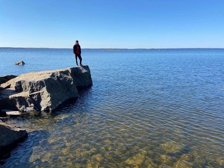 Västerö vaellusreitti Merenkurkun saaristo, kallioilla