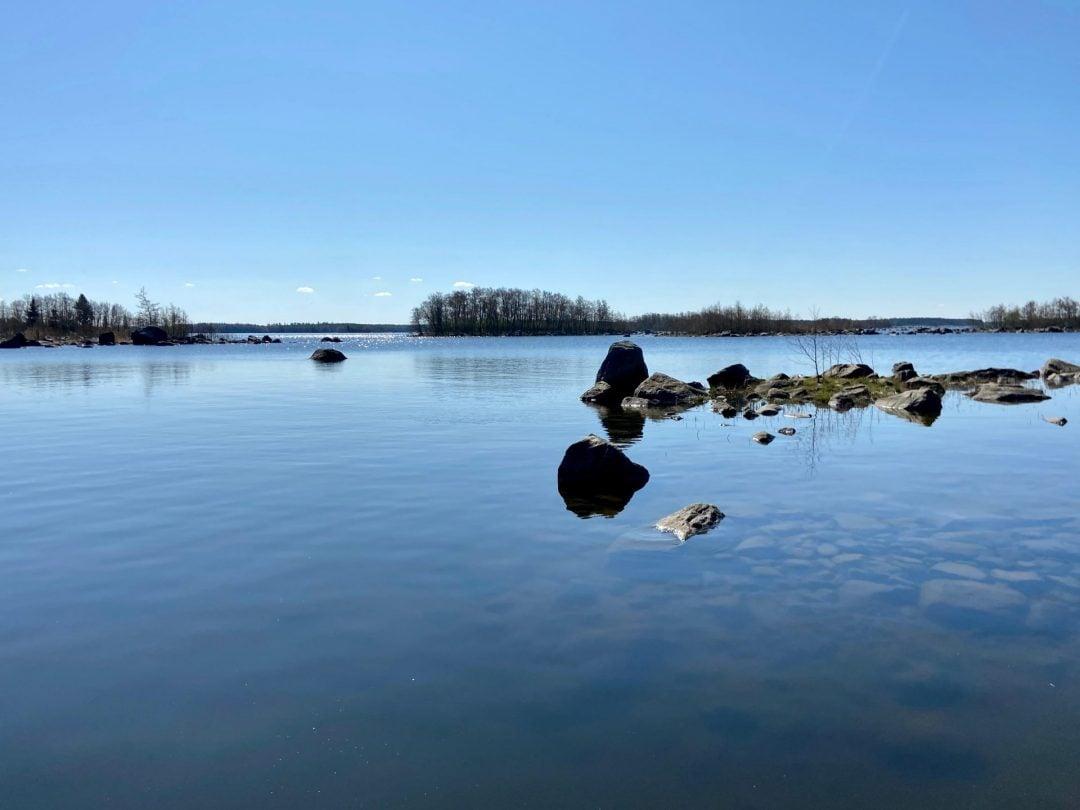 Västerö vaellusreitti Merenkurkun saaristo merenrantaa