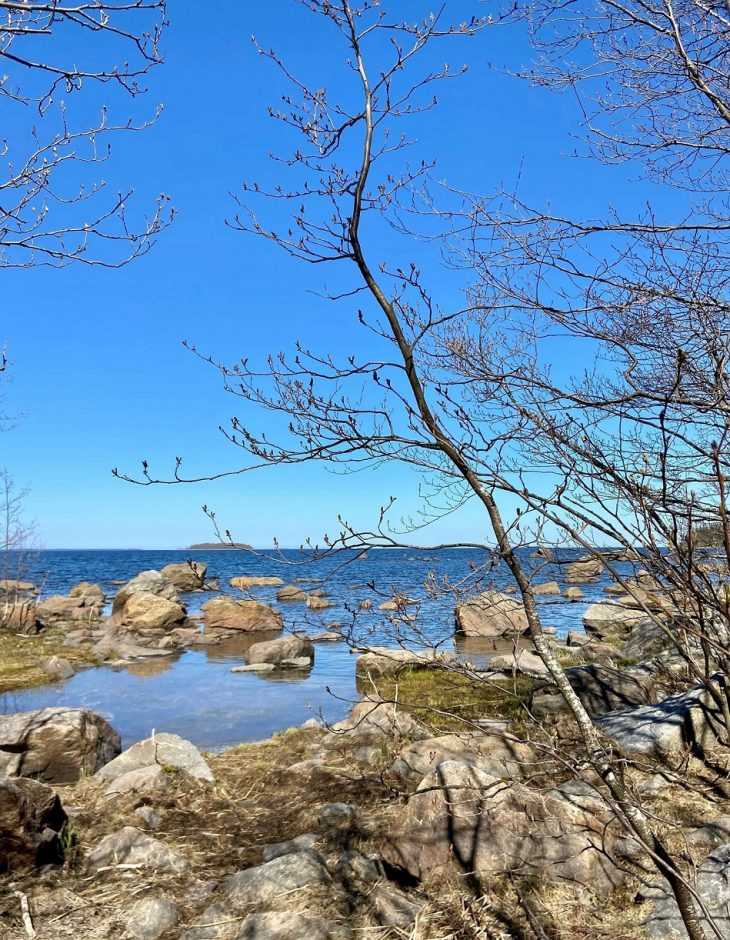 Västerö vaellusreitti Merenkurkun saaristo, meren läheisyys saaristossa