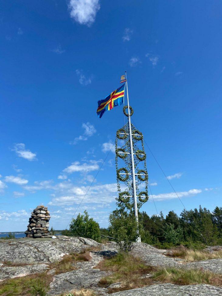 Ahvenanmaan saaristoon saaristolautta Kustavista, majoitus mökki saaristossa Lappo