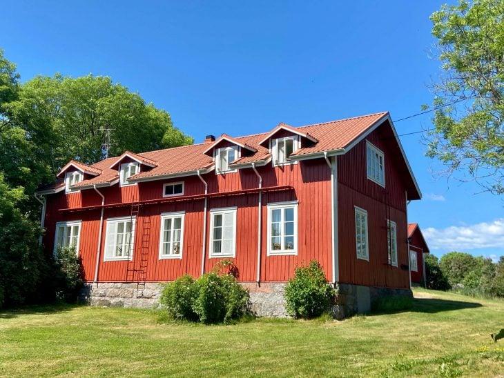 Ahvenanmaan saaristoon saaristolautta Kustavista, majoitus mökki saaristossa Lappo, vieraskoti Pellas