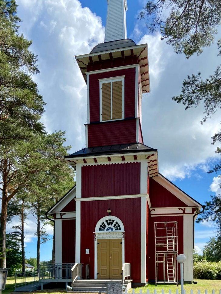 Björkobyn kirkko, Mustasaari, Merenkurkun saaristo nähtävää